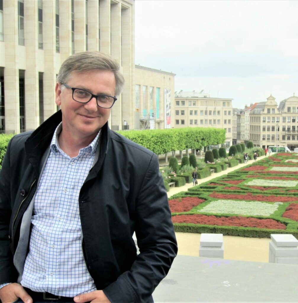 dr hab. Piotr Trojański